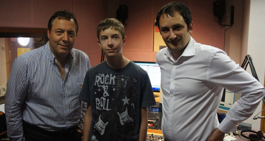 Danny and Team Elstree visit the local radio to speak about YRS
