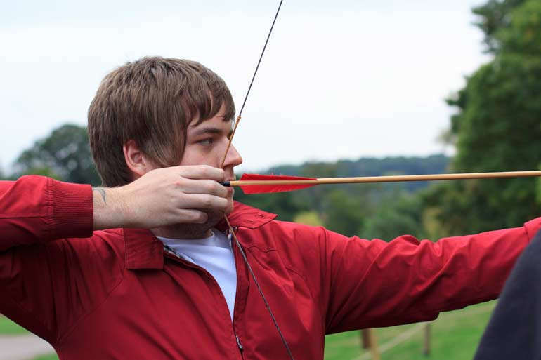 craig aiming archery